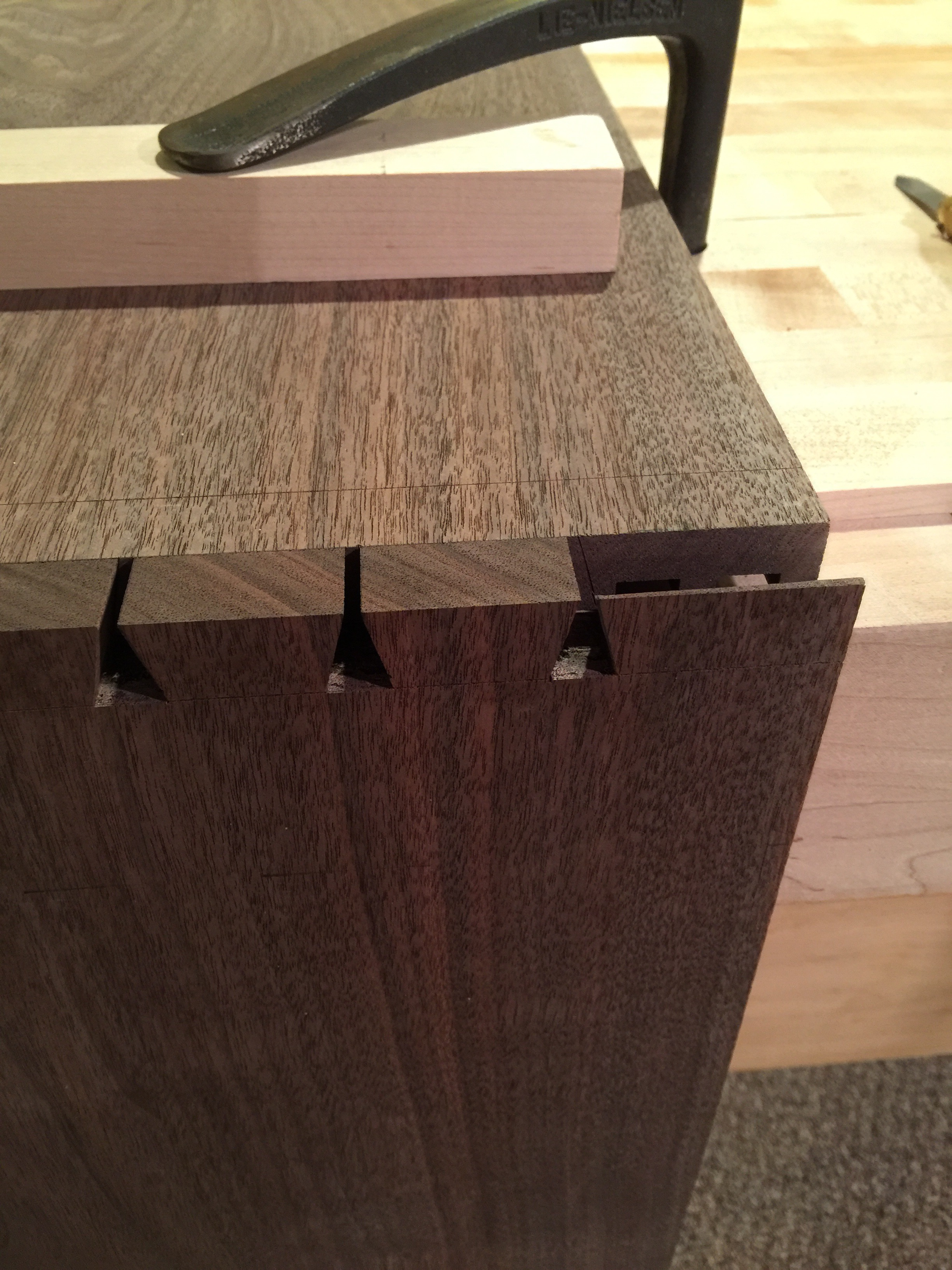 The Floating Credenza – Dovetails